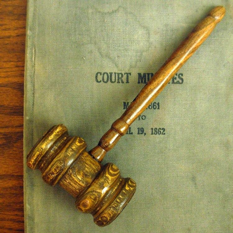 courtgavel