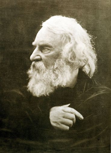 651px-henry_wadsworth_longfellow2c_photographed_by_julia_margaret_cameron_in_1868